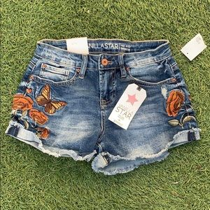 BNWT Vanilla Star embroidered cuff denim shorts